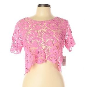 Bongo Pink Lace Cropped Top